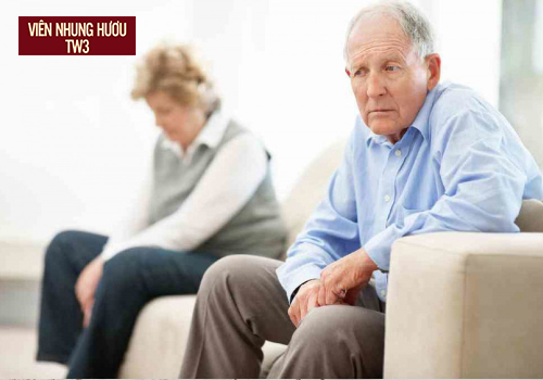Tâm lý chính là một trong những nguyên nhân gây chứng bệnh chán ăn ở người cao tuổi