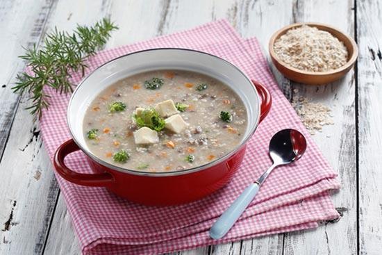 Cháo, súp là lựa chọn phù hợp cho người mới phẫu thuật