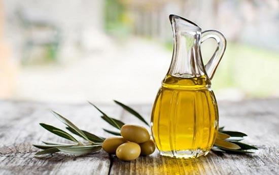 Dầu oliu là loại chất béo có lợi mà người sau phẫu thuật dạ dày nên dùng