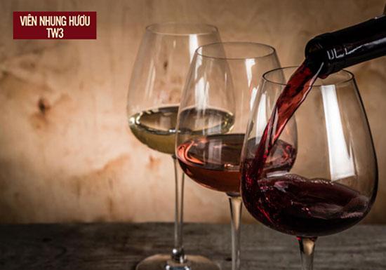 Một ly rượu vang mỗi ngày tốt cho cơ thể, ngăn ngừa lão hóa vượt trội