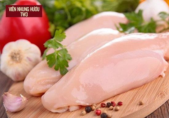 Thịt gà chứa nhiều chất dinh dưỡng giúp cơ thể luôn khỏe mạnh