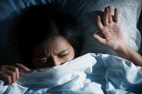 Suy nhược cơ thể kéo dài khiến bạn thường xuyên gặp ác mộng về đêm
