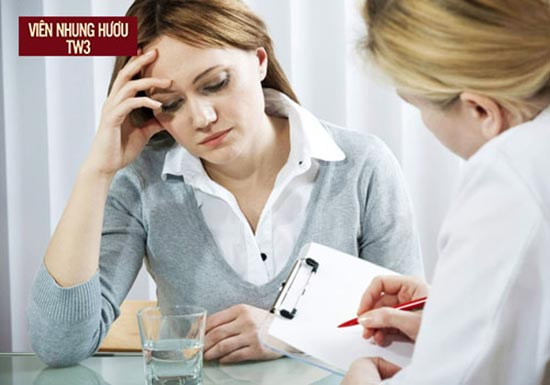 Hoa mắt chóng mặt ù tai có thể là dấu hiệu của bệnh rối loạn tiền đình
