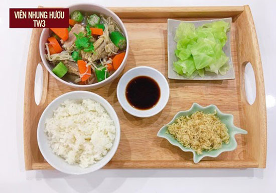 Bữa ăn với đầy đủ nhóm chất dinh dưỡng cho phụ nữ sau sinh