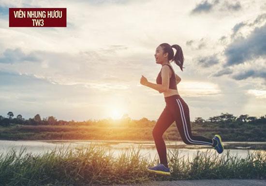 Nên tập thể dục 30 phút mỗi ngày giúp phòng tránh và cải thiện chứng hoa mắt tê tay
