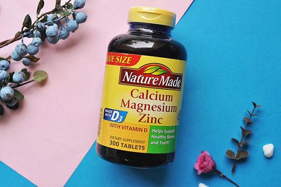 Viên uống bổ sung Canxi Calcium Dear Nature cho người già